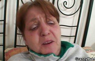 وضعیت غیر داستان خوابیدن با خاله معمول در یک سالن ماساژ