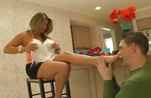 خالکوبی سکسخاله سارا می شود فاک با dildo