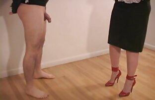 سگ سکسی در جوراب ساق بلند, جلق زدن کانال سکسی الکسیس در تلگرام پذیری