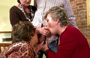 Lyusenka پر شده sex خاله بود با تقدیر در دهان او